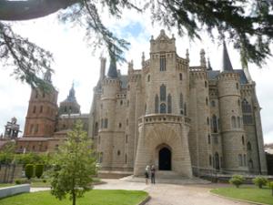 Bischofspalast von Antoni Gaudi in Astorga