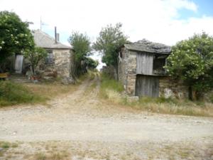 Verfallene Häuser in Foncebadón