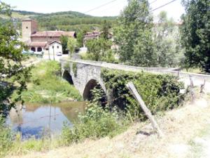 Steinbrücke von Larrasoaña