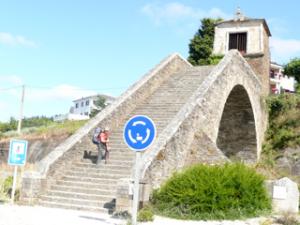 Aufgang zur Stadt Portomarin