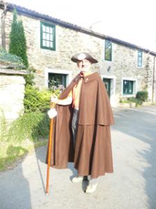 Reinhard in historischer Pilgertracht